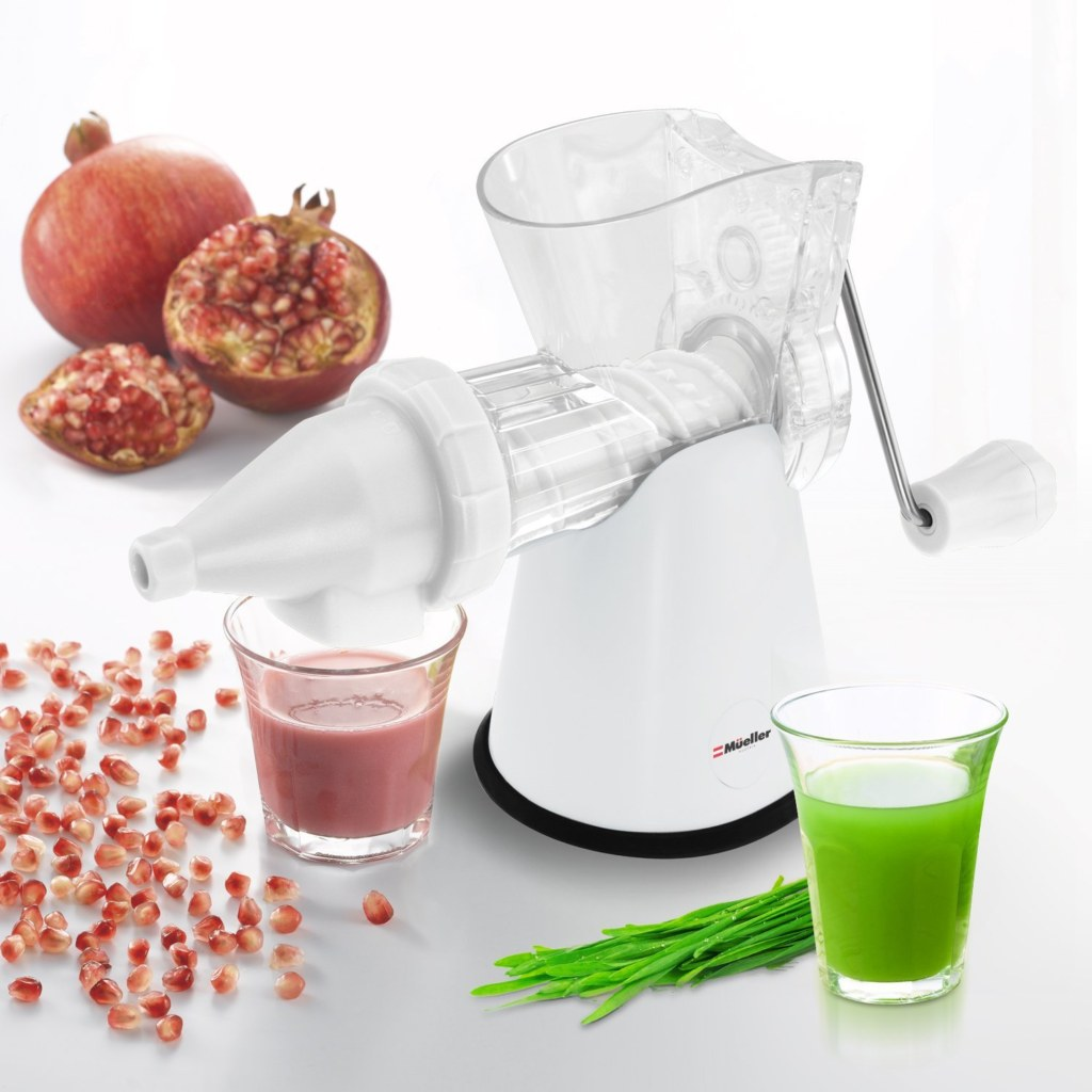 Manual slow juicer